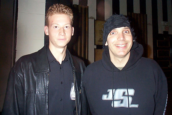 2003-11-06/NICK-AND-JOE-G3-03.jpg
