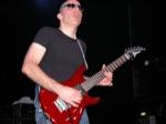 Matt_OMeara-mhz/Joe-Satriani--19th-March-2005-Forum-Theatre-078