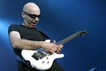 Michel_Dellaiera/satriani_joe01