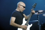 Michel_Dellaiera/satriani_joe03