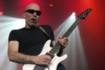 Michel_Dellaiera/satriani_joe07