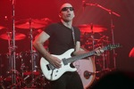 Michel_Dellaiera/satriani_joe08