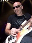 Heather_Deeks-Spilly/Joe-Satriani-Big-Smile!--Montreal-Bell-Center-April-4,-2007