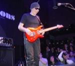 Bruce_W/Satriani-GuitarCenter-2008-C
