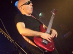 Andy-WammJamm89/Joe-Satriani-Belfast-2008-098