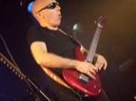 Andy-WammJamm89/Joe-Satriani-Belfast-2008-098