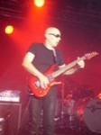 Andy-WammJamm89/Joe-Satriani-Belfast-2008-254
